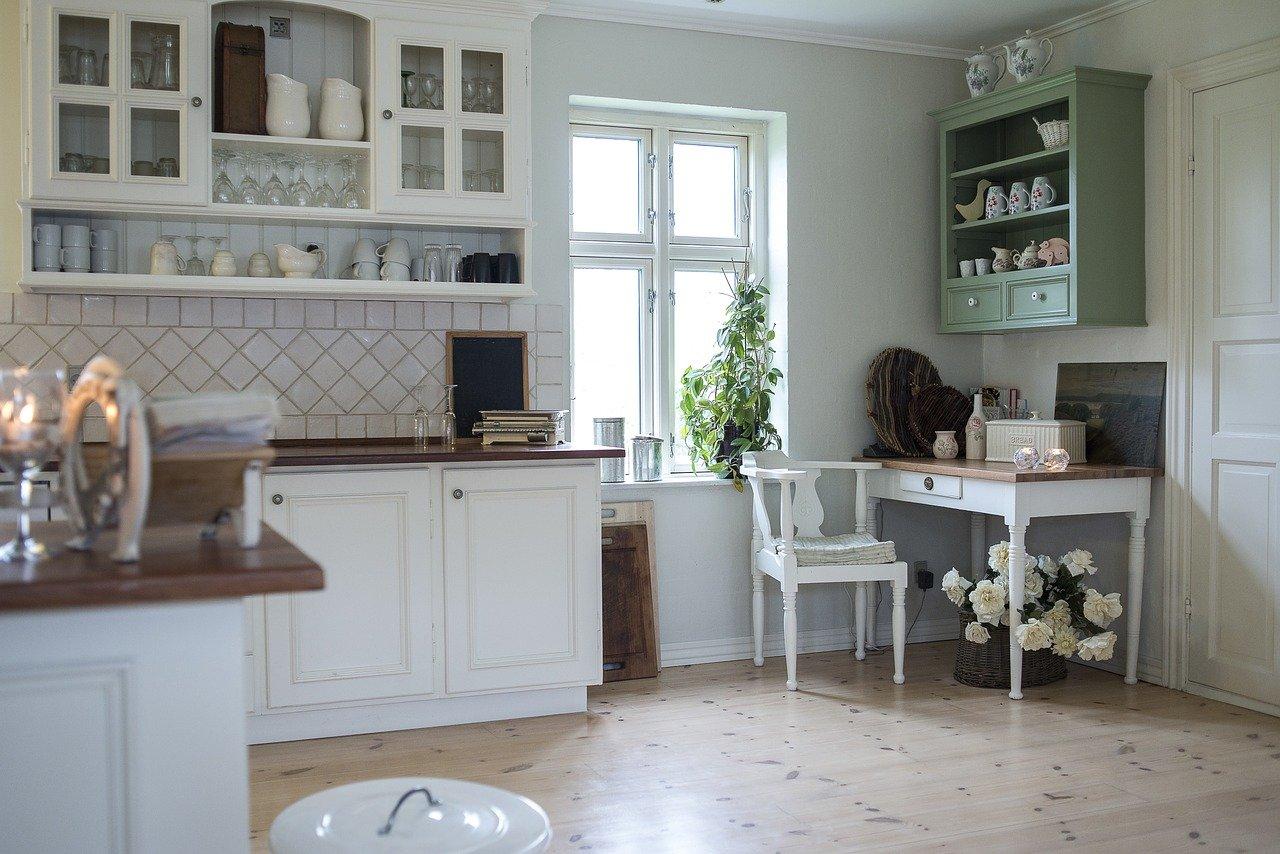 You are currently viewing Les meubles de rangement pour la vaisselle : comment choisir ?
